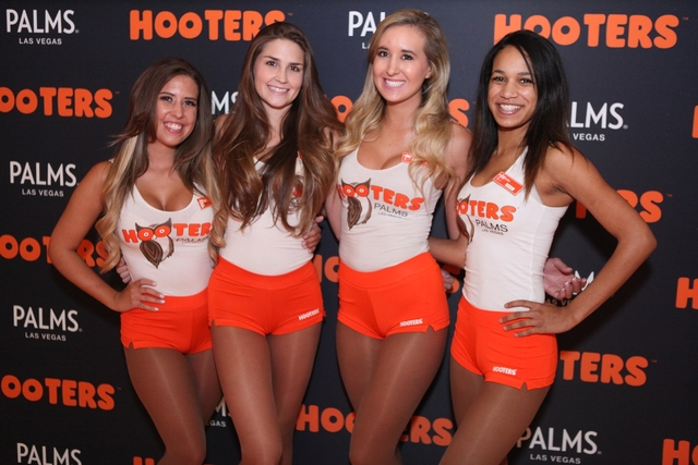 hooters casino las vegas closing