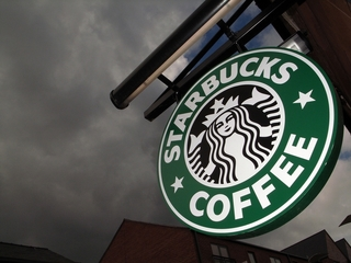 Woman claims Starbucks left behind smelly odor