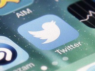 Twitter tweaks its timeline