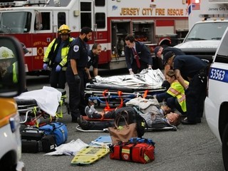 At least 1 dead in New Jersey train crash