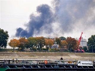 2 dead, at least 6 hurt in German plant blast