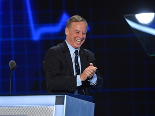Howard Dean announces run to head Democrats
