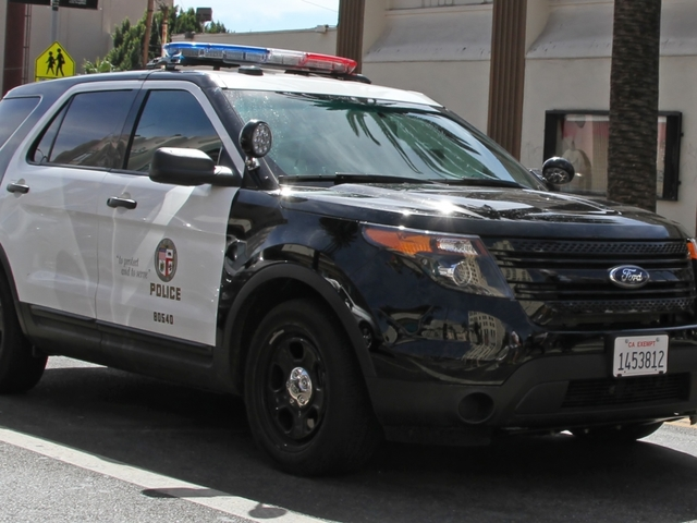Los Angeles Police Chief: LAPD Will Not Aid in Deporting Illegal Immigrants