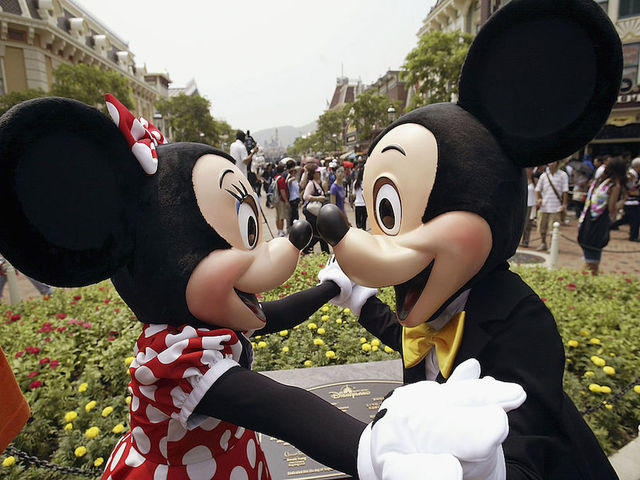 Disneyland fan visits park 2,000 days in a row