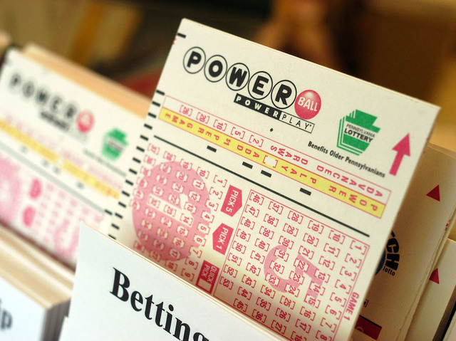 Saturday's Winning Powerball Numbers for $320 Million Jackpot