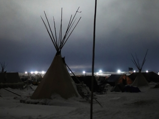 DAPL protesters staying despite risks of winter