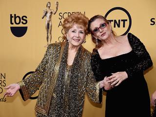 Carrie Fisher, Debbie Reynolds' joint headstone