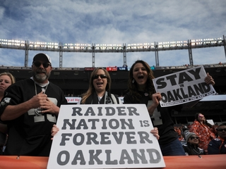 Oakland mayor details plan to stop Raiders move