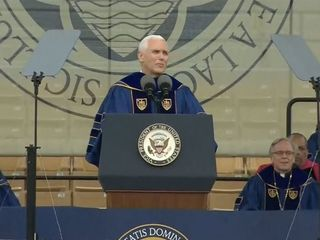 Notre Dame graduates walk out on Pence