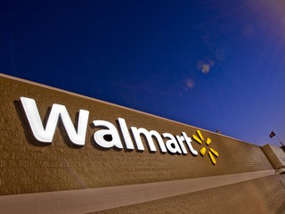 Walmart hiring 300 people for new Vegas store