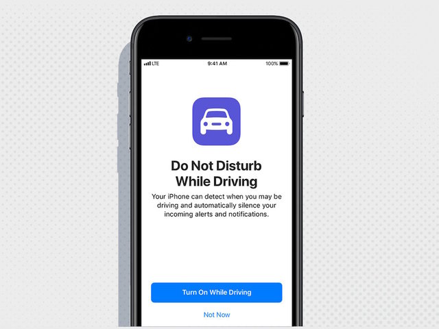New iPhone feature will block texts while driving