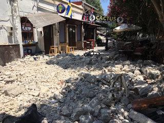 Earthquake off Greek, Turkish coasts kills 2