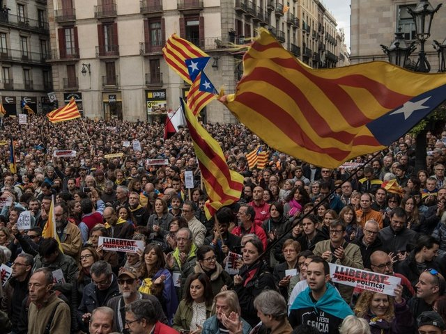 Spanish Court Sets Bail for Catalan Speaker Detained over Independence Bid