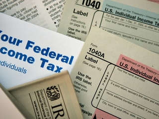 Thousands complain about tax refund delays