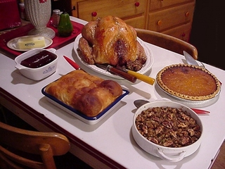Which restaurants will be open on Thanksgiving