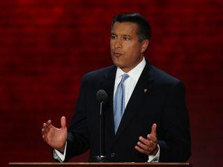 Gov. Sandoval concerned about public pot lounges