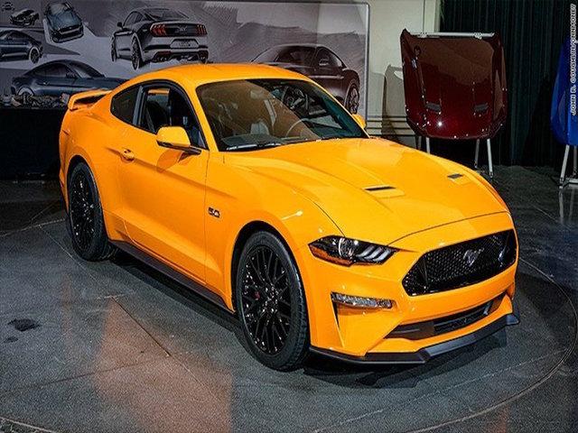 New Ford Mustang Gets Gears More Power KTNVcom Las Vegas - Car show in vegas 2018