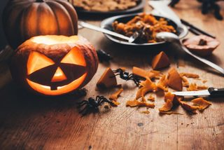 After deadly 2016 Halloween, group issues tips