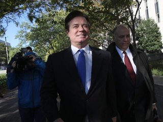 Report details Manafort's flights to Russia