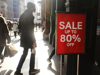 Report: American savings at 10-year low