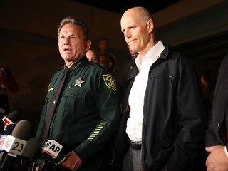 Broward deputies to carry rifles in schools
