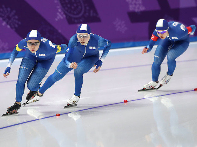 South Korean skater wins silver after team pursuit dispute