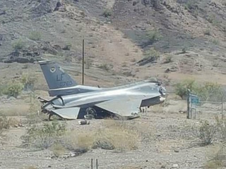 F-16 makes crash landing in Lake Havasu City
