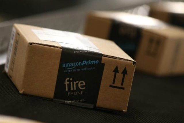 Amazon delivers dazzling profits, as well as $20 Prime hike