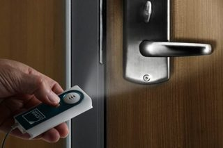 $12 travel alarm can keep your hotel room secure
