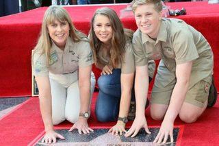 Crocodile Hunter Steve Irwin gets Hollywood star
