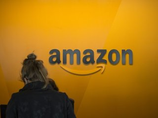 Amazon's new HQ could help win $10B contract